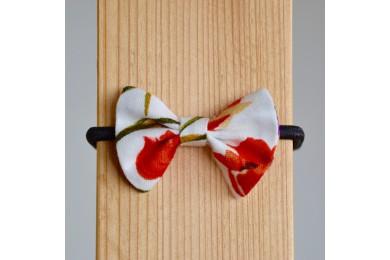 Mašlička s tulipány
