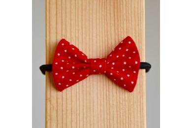 Mašlička červená s malými puntíky