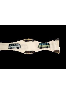 Pásnký motýlek s autobusy