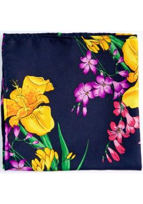 Tmavě modrý kapesníček s květy
