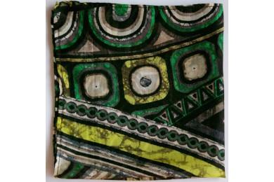 Zelený kapesníček se vzorem